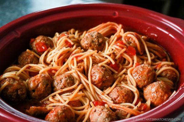 slowcooker_spaghetti_meatballs_quickdinners